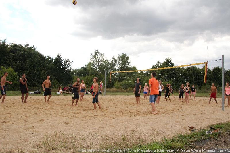 2013-08-11-international-youth-camp-merseburg3
